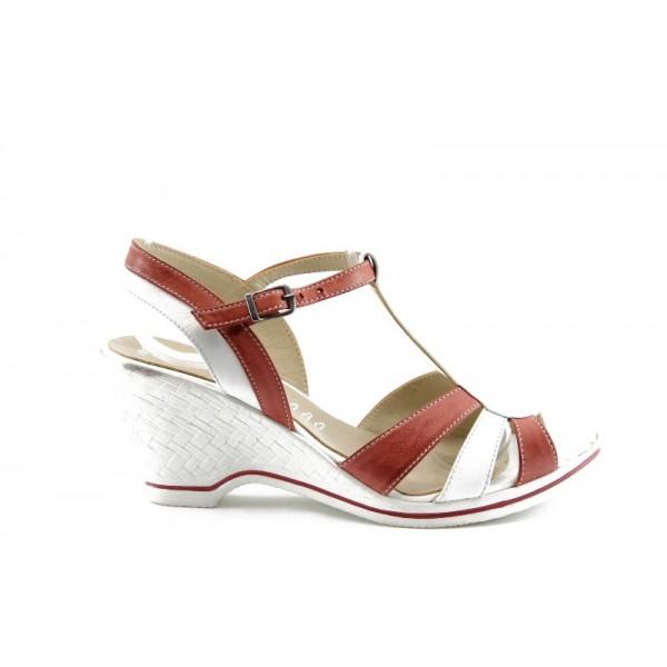 Дамски сандали на платформа МИ 3409Б