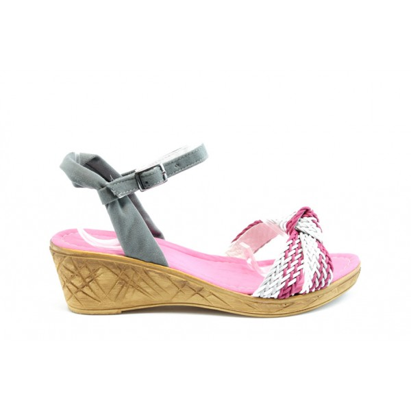 Дамски сандали на платформа МИ К18Розов