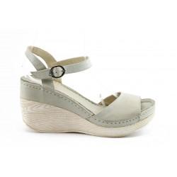 Дамски сандали на платформа МИ 05 БЕЖ