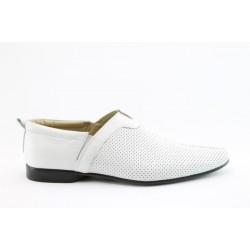 Мъжки летни обувки ФН 394БЯЛ